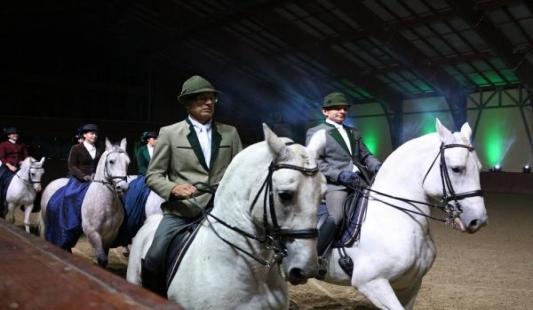 Proslava Sv.Huberta u zimskoj jahaonici đakovačke ergele kroz objektiv Silvije Butković